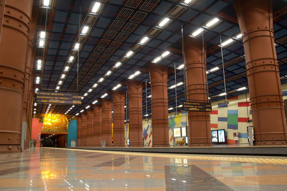 """""""Υπόγεια έργα τέχνης"""": Αυτοί είναι οι 10 πιο εντυπωσιακοί σταθμοί μετρό της Ευρώπης! (photos)"""
