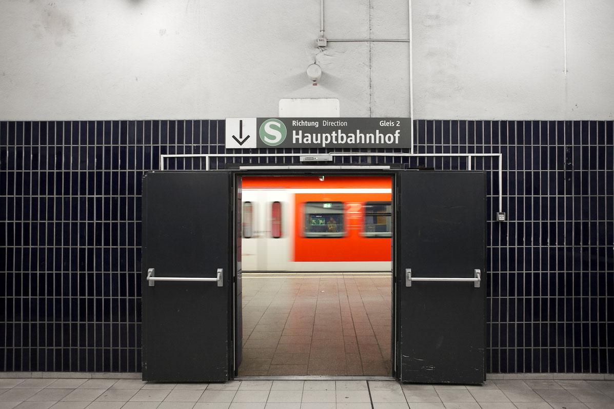 Foto München Marienplatz. S-Bahn Underground.