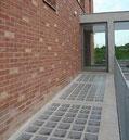 B 1111/6 Sahara 1S Clearview Betongläser 11,7x11,7x6 Satiniert Glazen blokken Glass Blocks pavers  Briques en verre paves Bloques de vidrio tipo taza vidro concavos Hollow betono akiniai stiklo blokai klotuvai stikla grīdas flīzes straatstenen beton