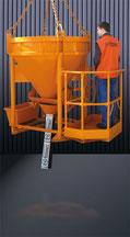 Cubilote hormigón con cesta operario