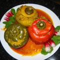 http://www.cuisinediran.fr/aubergine-et-poivron-farcis/