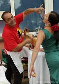 Spanische Köstlichkeit beim Sommerfest 2011 im Tanzstudio La Fragua in Bonn/Color-Foto by Boris de Bonn