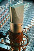 AD-RADIO gehört gesendet - Audiodienstleistung - Hannover - Mikrofon und Mischpult