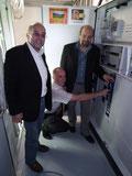 vlnr: Vorstand Emmer - Landrat Eckstein - Aufsichtsrat Kayser