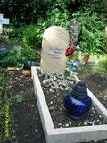 Grabstein von Yves-Pharell