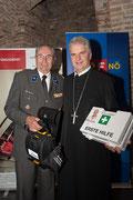 Präsident des Roten Kreuzes NÖ, Ök.-Rat Willi Sauer, Abt Columban. Foto: RK NÖ / U. Moshammer