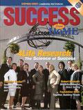 Le magazine américain Success (Succès) avec Paul Zane Plzer en couverture au centre