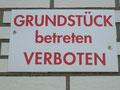 Verbotsschilder von Rheinbraun