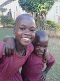 Schülerinnen von Bwanda