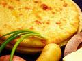 осетинский пирог с картофелем и зеленым луком
