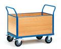 43 Vierwandwagen mit Holzwänden, eine Längswand herausnehmbar