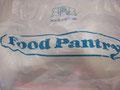 ワイキキにある便利なスーパーがフードパントリー