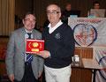 P. BEGUIN Bourges1 récompensé pour son organisation, à côté du Président Bernard PHILIPPE