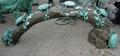 schildkröten baumstamm bronze figur