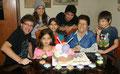 Con mis nietos que son parte importantísima de la página. Solo falta Sebastián, hijo de Patty, que está fuera del Perú...