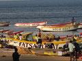 Bunte Fischerboote Sengah Bay...