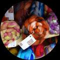 Wolle vom Schaf u. Alpaka handgesponnen und handgefärbt