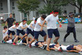 体育祭 <蛇の皮むき>