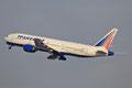 Auch jeden Tag dabei die Boeing 777 der Transaero.