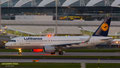 Es leuchten die Lichter so schön: D-AIZY // Airbus A320-214 // Lufthansa auf dem Weg nach Frankfurt