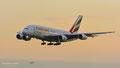 Ein Riese im abendlichen Anflug auf München: A6-EDU // Airbus A380-861 // Emirates
