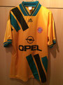 94/95 Bundesliga away vorne