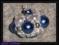 253 - Plopping Bead (EK) - mit der Blitzreflektion in den großen Perlen sieht es wie ein Vogelgesichtchen aus