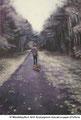 Wandeling in de Winterlicht / acrylverf, pigment en houtskool op papier / 57x70cm
