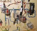 Eingebaute Signal im Signalträger von unten, inkl. Ansteuerungsdecoder und Verkabelung