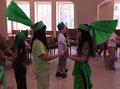 Die Rhabarberleute beim Tanz