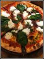 Pizza brousse, pousses d' épinard de L'Épisode