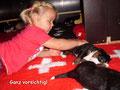 Erste Kontakte zu kleinen Menschen und Tieren!