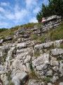 Aber schon ging es die nächsten Felsstufen zum ersten Gipfel dieser Tour empor.