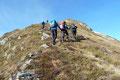 Beinahe wortlos stiegen wir die engen, steil angelegten Serpentinen des Blaseneck-Ostrücken höher.
