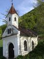 Genug des Schwärmens, vorbei an einer kleinen  Kapelle ...