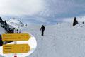 Tourenmöglichkeiten gab es hier in Hülle und Fülle. Wir hatten uns für den heutigen Tag den 2447m hohen Schafsiedel als Ziel gesteckt. Leider mussten die beiden Bergkameradinnen Barbara und Angela aus gesundheitlichen Gründen auf der Hütte zurückbleiben.