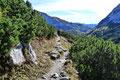 Der Nachmittag war in vollem Gange als wir uns nun direkt an den Abstieg machten.