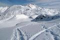 Mit Blickrichtung Körndlberg (2440m) und Körndlhorn (2444m) …