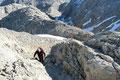 Voll konzentriert seht ihr mich hier bei meiner Lieblingsbeschäftigung dem Bergwandern bzw. Bergsteigen.