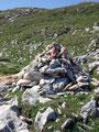 … vorbei an Steinmandel (oberösterreichisch), Steintauben (steirisch) und für mich eher Steinhaufen zum …