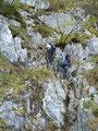 ... dabei unzählige Felsstufen überwinden. Es sollten sich hier wirklich nur geübte Bergwanderer aufhalten.