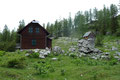 """Gleich hinter der Hütte trifft man auf den """"Jagasteig"""", ..."""