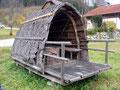 Als ein weiteres Highlight dieser oberösterreichischen Tour, erwies sich die Begutachtung einer urigen Holzfällerhütte. Massives Holz, nur mit Rinde eingedeckt – einfach fantastisch!