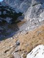 wanderten wir jetzt bereits auf dem Weg Nr. 615, den wir nach der Talstation Krippenegg genommen hatten, in Richtung Taubenkogel/Hoher Gjaidstein. Die Pfade wurden felsiger und ausgesetzter.