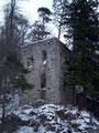 Ein Blick auf ein weiteres Gebäude der Burg.