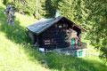 Rechter Hand im Vorbeimarschieren konnte ich einen kurzen Blick auf die urige Krautgartenhütte werfen.