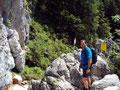 An dieser Stelle befindet sich der Klettersteigeinstieg. Ein Magnet für Rudi.
