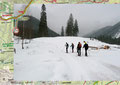 … bogen dort in die schneebedeckte Forststraße links ein. Nachdem die Schneeschuhe angelegt waren, bewegten wir uns entlang des 633er ÖAV-Weg weiter talein. Nach ca. 15 Min., im Bereich der Jagdhütten bogen wir erneut links ab und …