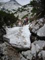 ... und gefährliche Schneefelder wandern würden gings immer weiter bergwärts.
