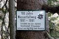 Man könnte sagen wir waren auf historischen Pfaden unterwegs. Mehr als 100 Jahre alt ist der Wasserfallweg schon.
